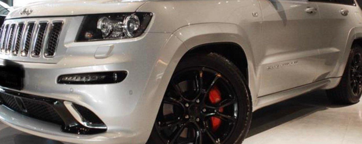 Jeep Grand Cherokee 6.4 Srt V8 32v Gasolina 4p Automatico Wmimagem15352960767