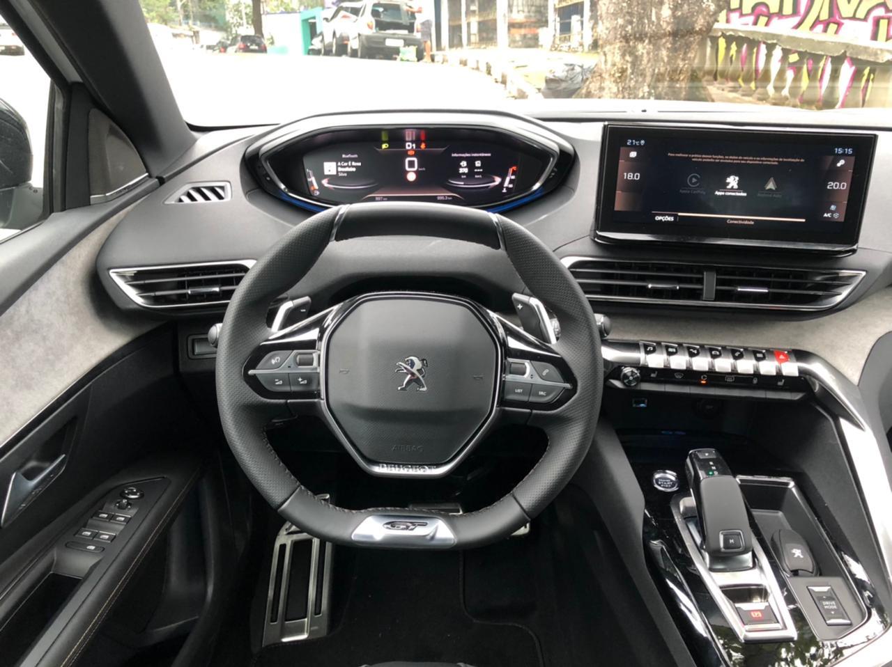 Peugeot 3008 2022 (17)