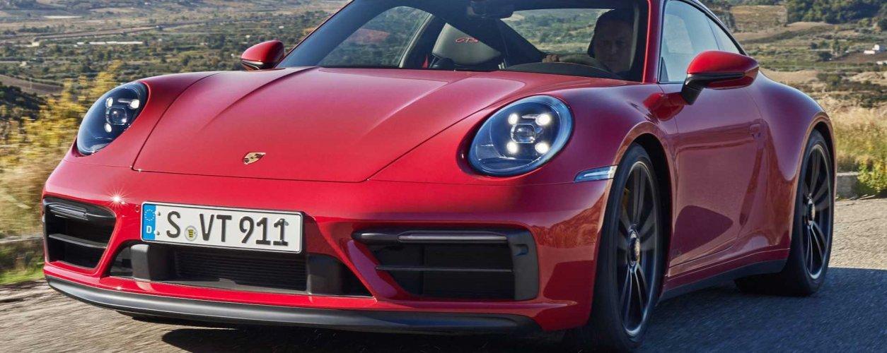 2022 Porsche 911 Carrera Gts Front 3 4