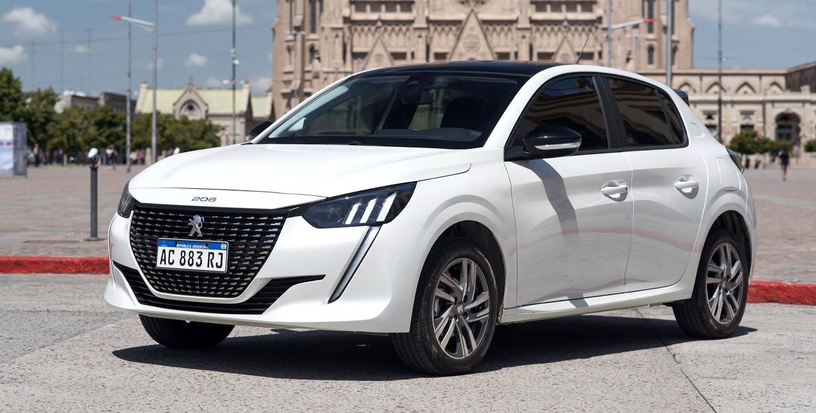 Peugeot 208 chega à linha 2022 com descontos de até R$ 9 mil