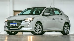 Peugeot 208 Active Pack 8956 Scaled