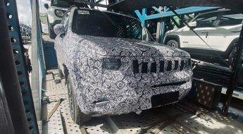 Flagra Novo Jeep Renegade Abre