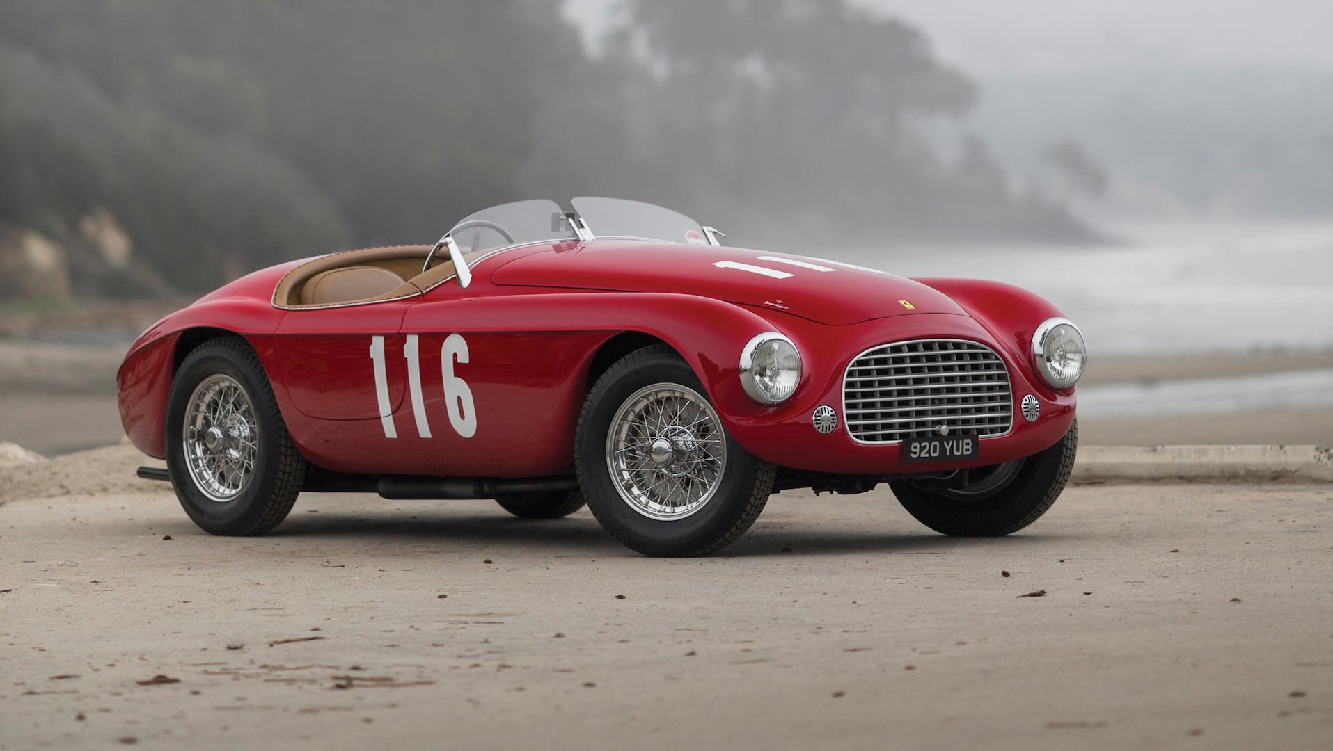 Ferrari 166 MM Barchetta estreou no Salão de Paris