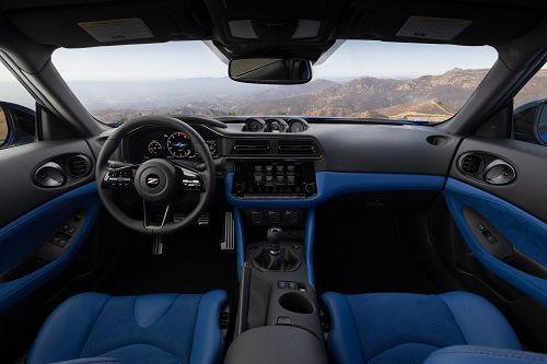 Nissan Z Interior